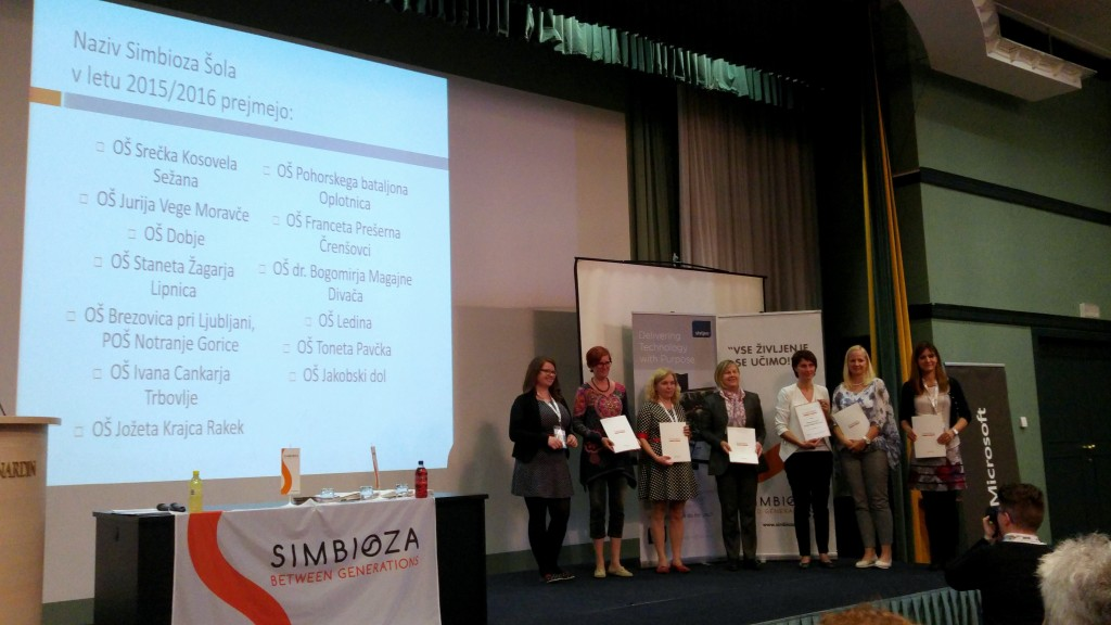 Plaketa Simbioza šola za OŠ Sežana 1